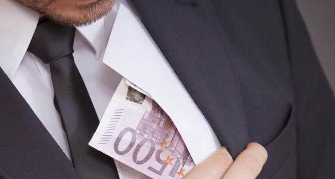 Долг платежом красен — куда обращаться, если не выплачивают черную зарплату?